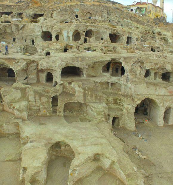 Dünyanın en büyük yeraltı şehri turizme açılacak