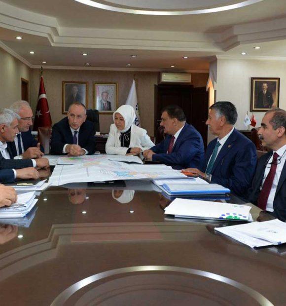 TOKİ'nin Malatya yatırımları masaya yatırıldı