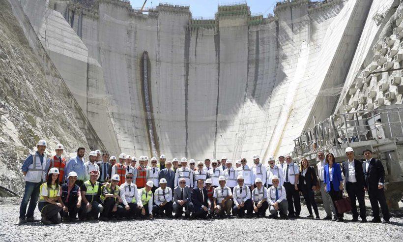 Dünyanın en yüksek üçüncü barajı 115 metreye ulaştı