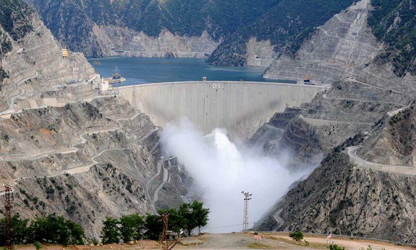 """""""Elektriğin yüzde 46'sı yenilenebilir kaynaklardan üretildi"""""""