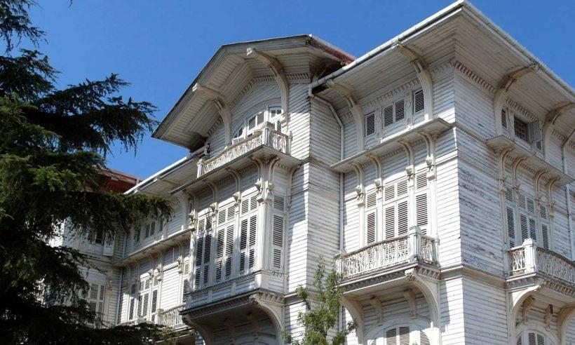 İstanbul'da Jugendstil sanat akımıyla inşa edilen yapılar