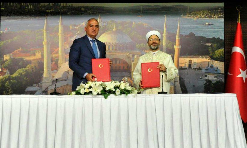 Ayasofya Camii için protokol imzalandı