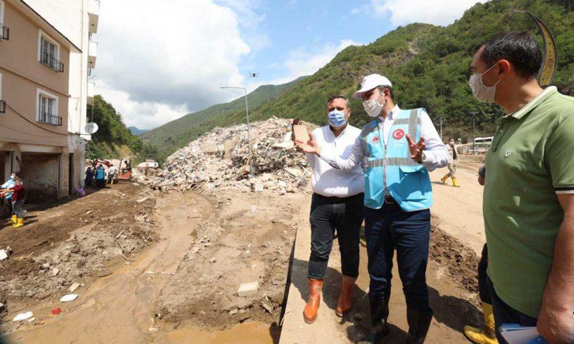 Bakan Kurum'dan afet konutu inşa edilecek alanlarda inceleme