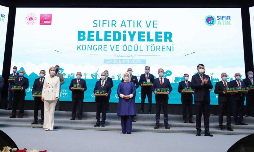 Emine Erdoğan, Sıfır Atık ve Belediyeler Kongre ve Ödül Töreni'ne katıldı