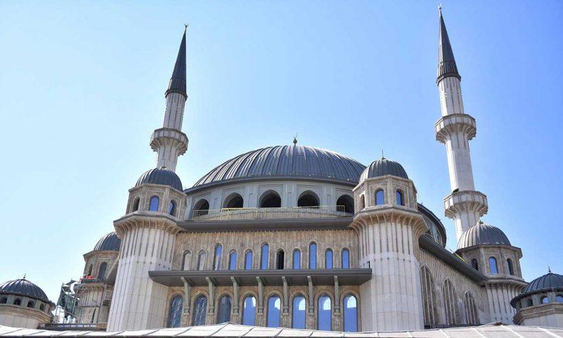 Taksim Cami'nin Ramazan'da ibadete açılması planlanıyor