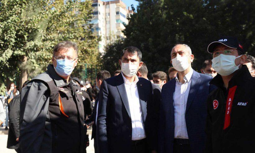 Kurum ve Gül'den Bayraklı'daki enkaz alanında inceleme