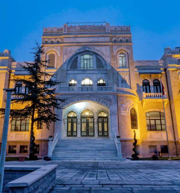 Tarihi müze restore edildi