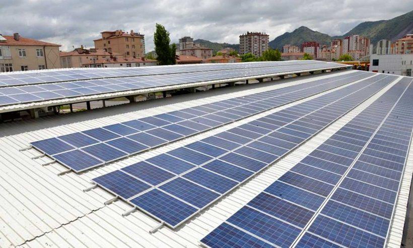 Semt pazarlarına güneş paneli