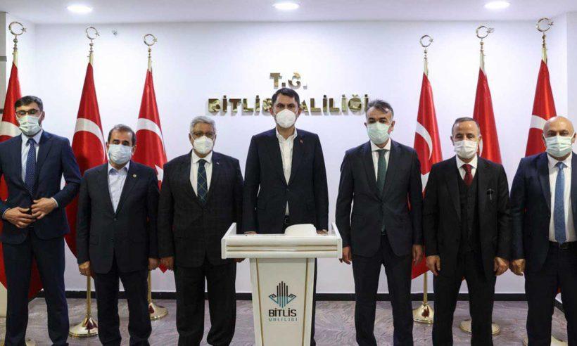 Bakan Murat Kurum, Bitlis'te incelemelerde bulundu