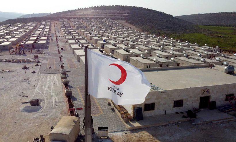 Kızılay'dan İdlib'e 748 briket ev daha