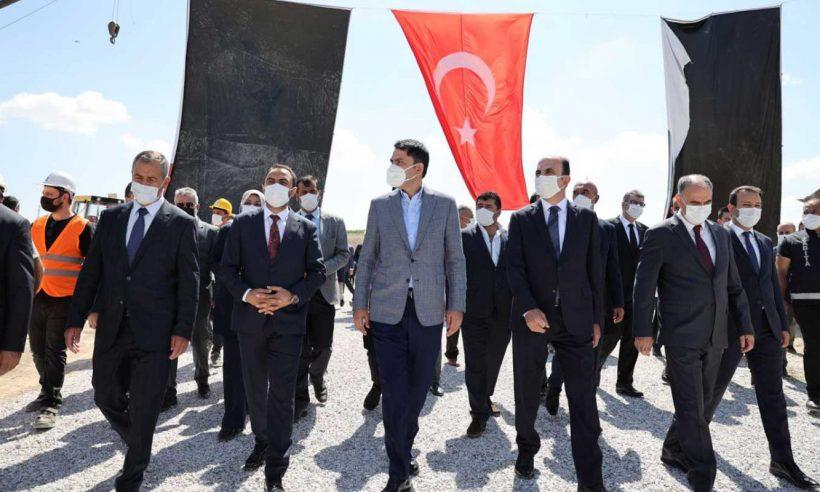 Bakan Kurum: Konya'da 14 millet bahçesi yapıyoruz
