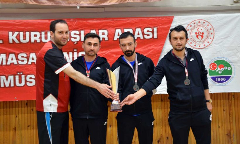 TOKİ'den masa tenisinde ikincilik