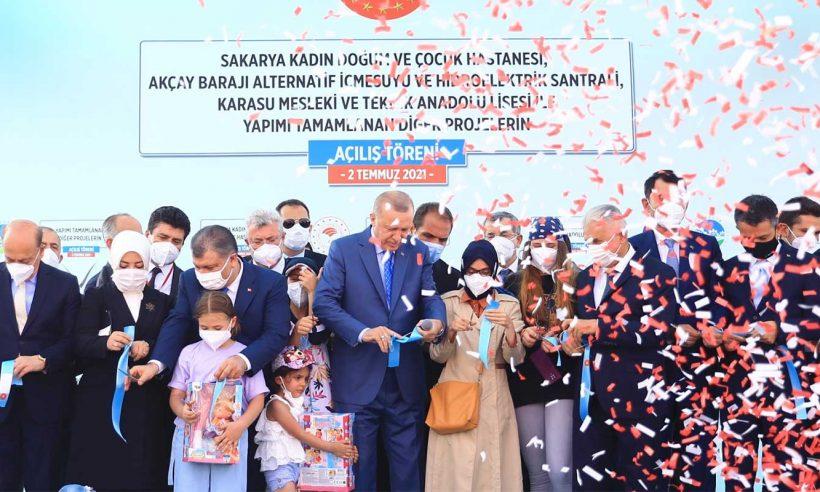 Cumhurbaşkanı Erdoğan, Sakarya'daki toplu açılış törenine katıldı