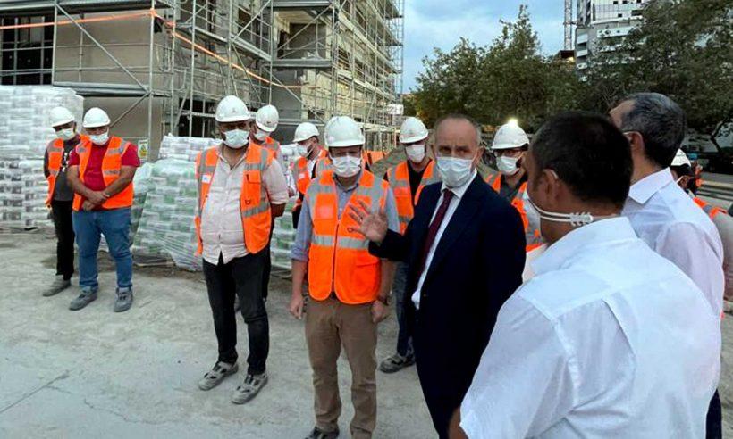 TOKİ Başkanı Bulut, İzmir'de yapımı süren deprem konutlarını inceledi
