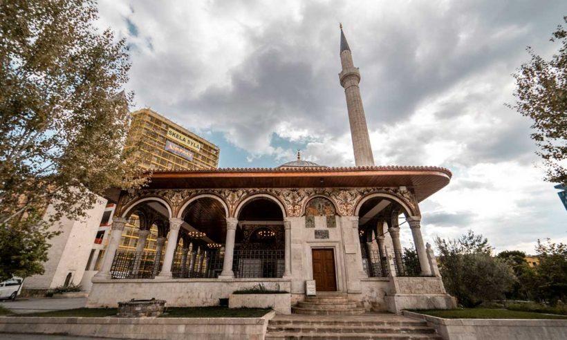 TİKA tarihi camiyi restore etti